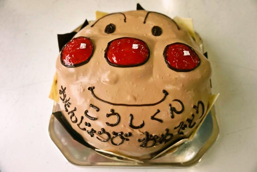 アンパンマンデコレーションケーキ